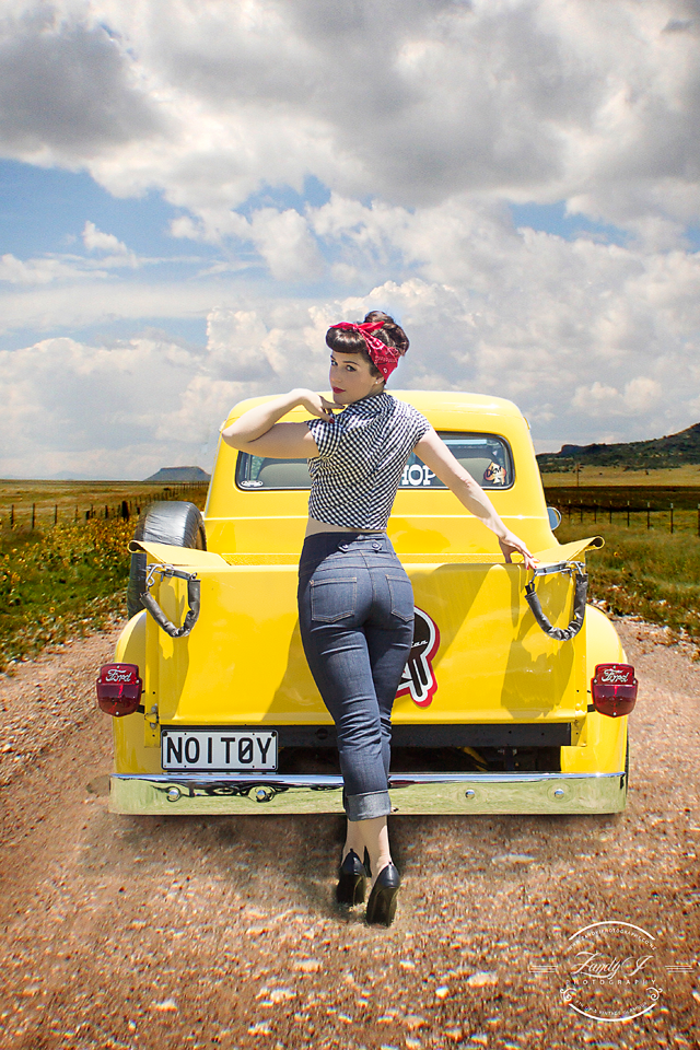 pinup, distress, hot rod, pickup, classic car, yellow, pin up, girl, model, countryside, farm, rockabilly, velvet decollete,