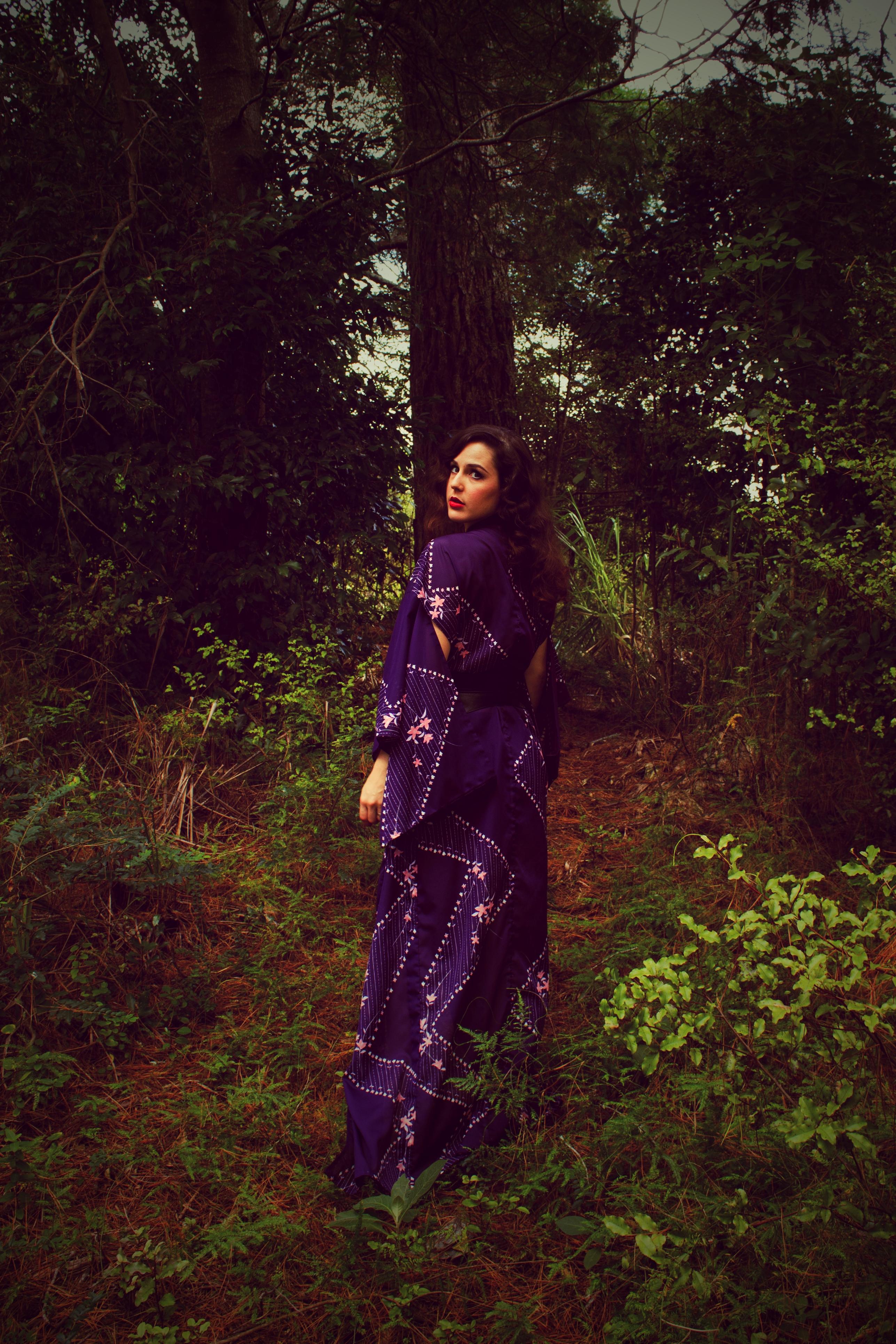purple vintage kimono | Velvet DeCollete