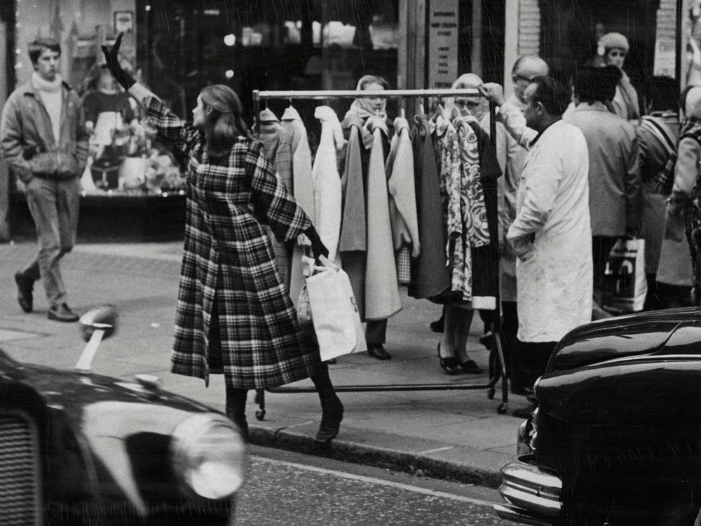 best vintage shopping tips